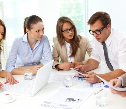 Business image created by Pressfoto - Freepik.com